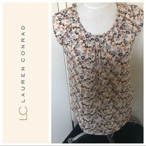 Lauren Conrad floral pleated collar blouse. Small